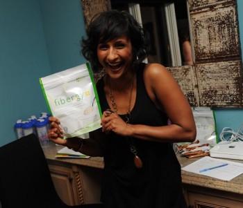 Actress Sarayu Rao gets excited about USANA's Fibergy Plus.