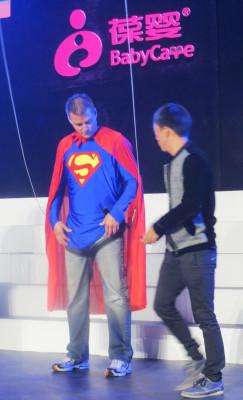 USANA CEO Dave Wentz rehearses his entrance at the USANA China National Convention.