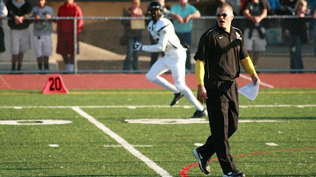 Jon Kitna coaches High School Football